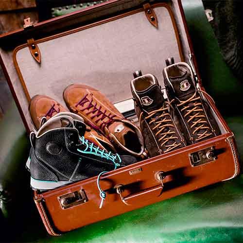 Koffer mit Dolomite Schuhe